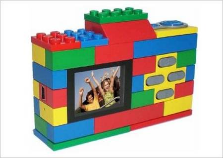 A LEGO Digital Camera For Your Kids