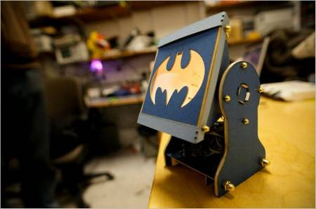 DIY A Batman Lamp