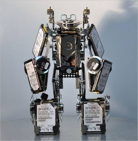 Wonderful Sculptures of Hard Disk Drives