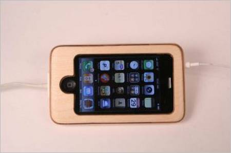 substrata_wooden_iphone_case_1.JPG