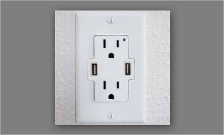 TruePower UCS Power Outlet with USB Ports