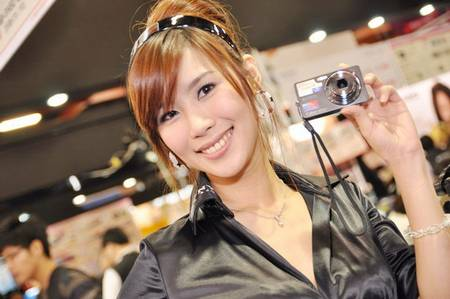 gadgets_show_girls_18.jpg