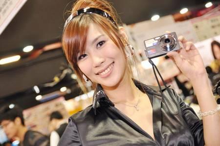 gadgets_show_girls_18.jpg