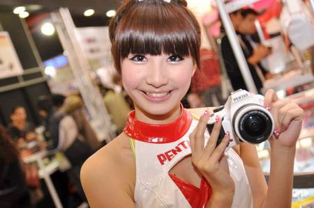 gadgets_show_girls_9.jpg