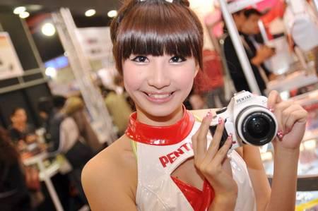 gadgets_show_girls_9.jpg
