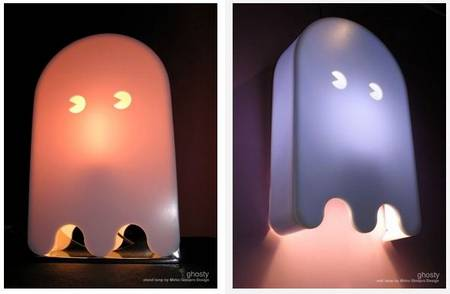 Ghosty Lamp makes Pac-Man ghosts on your wall