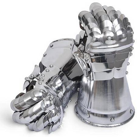 Cool Medieval Steel Gauntlets for your cool WOW costumes