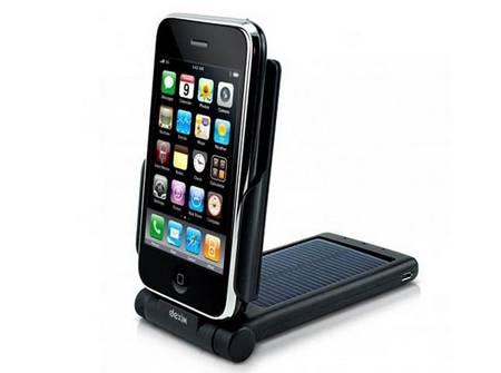 Dexim P-Flip portable solar iPhone charger