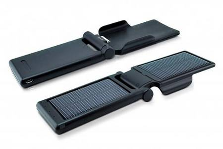 Dexim P-Flip portable solar iPhone charger