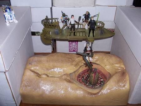 Awesome Sarlacc Swallow Scene Created with Action Figures