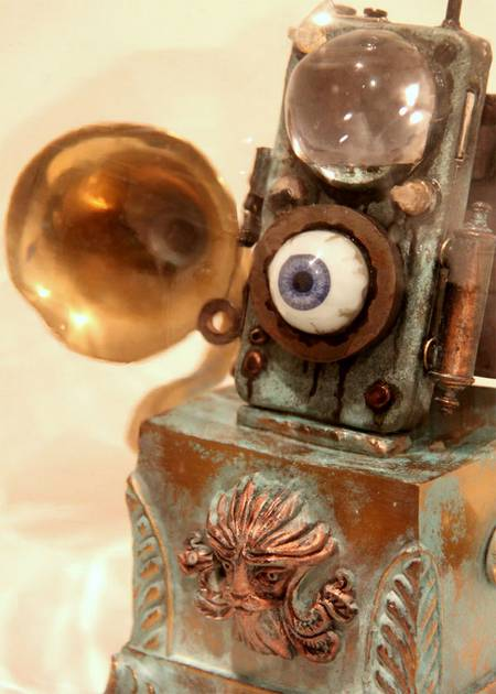 """Eye Pod"" incredible steampunk iPod Nano"