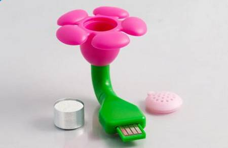 USB Scent Flower makes you feel among flowers