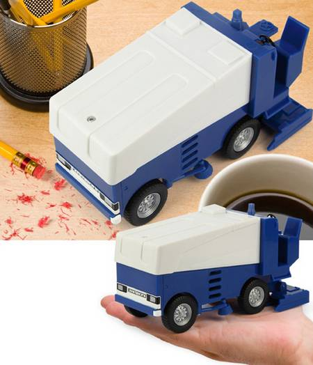 Zamboni Desk Vacuum For Messy Desk Gadgetsin