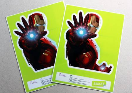 iron_man_macbook_sticker_2.jpg