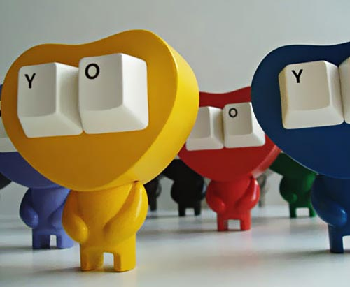 Keyeyes YO vinyl toy with two keyboard keys