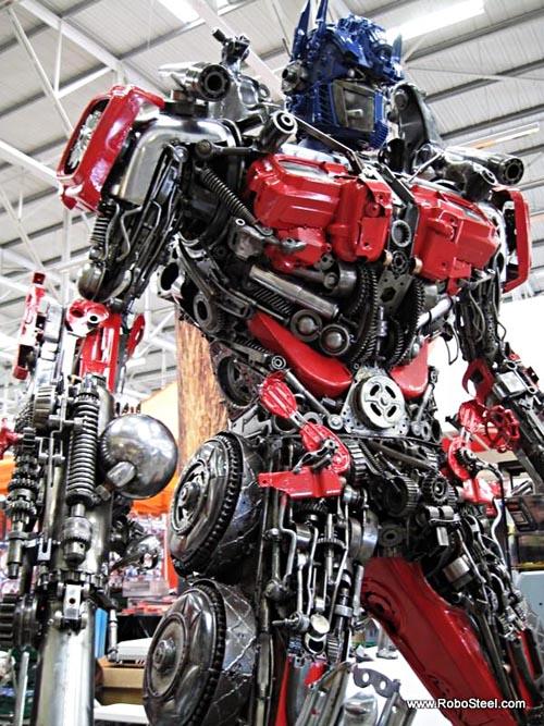 optimus_prime_robosteel_steel_sculptures_1.jpg