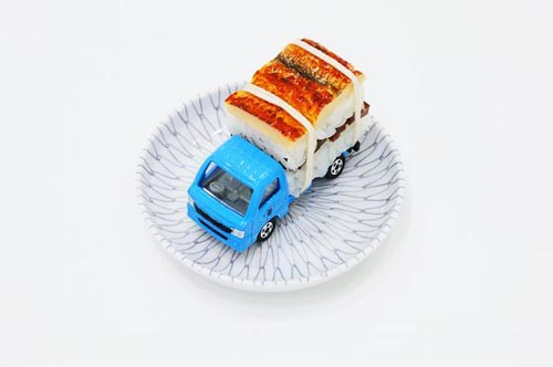 paramodel_tommy_sushi_toy_truck_3.jpg