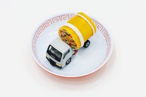 paramodel_tommy_sushi_toy_truck_4.jpg