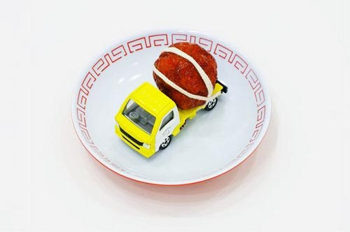 paramodel_tommy_sushi_toy_truck_5.jpg