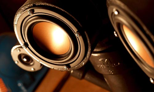 steampunk_steam_pipes_audio_speakers_1.jpg