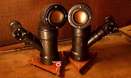 Steampunk Steam Pipes Audio Speakers By Ikyaudio Gadgetsin