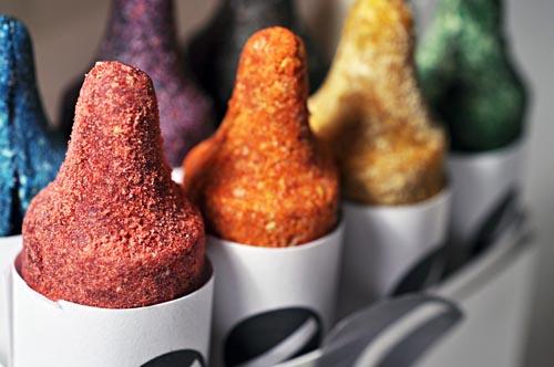 luxirare_edible_crayons_4.jpg