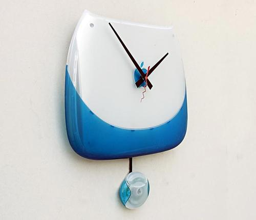 Apple iBook Clamshell Clock