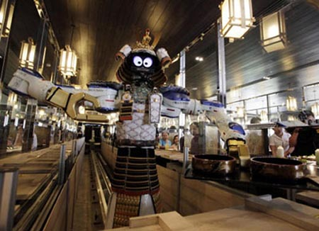 Samurai robot for food delivery in Hajime Robot Restaurant