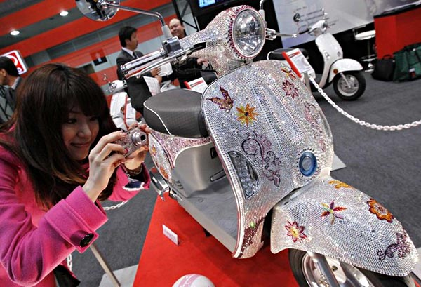 Customized Swarovski Crystals Scooter