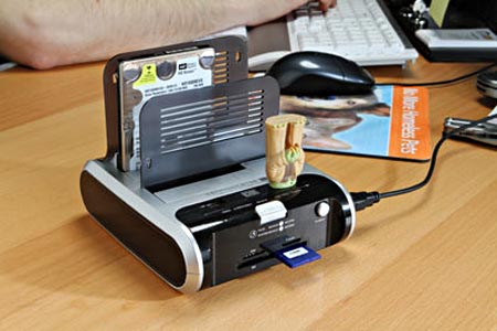 Multifunctional USB HDD Docking Station