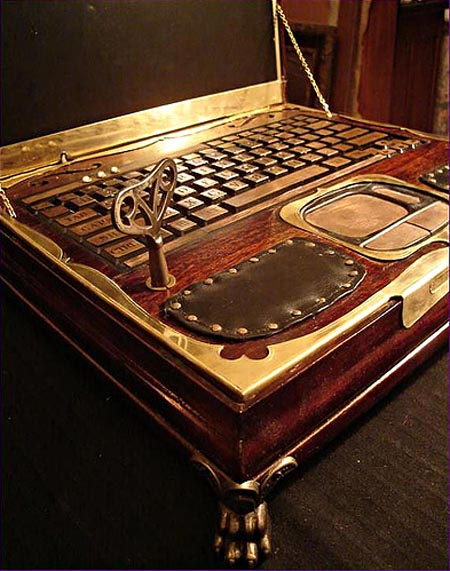 victorian_steampunk_laptop_by_retro_spector_2.jpg