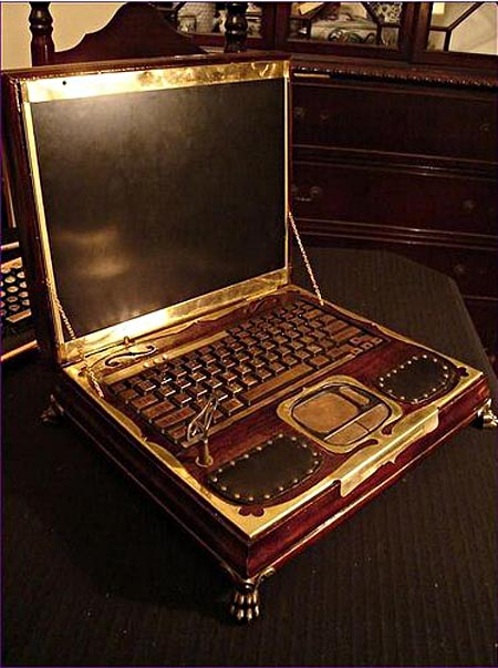 victorian_steampunk_laptop_by_retro_spector_4.jpg