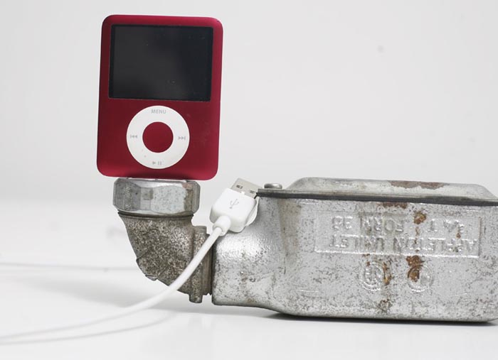 Found Art Iphone Dock Not Only A Pipe Gadgetsin