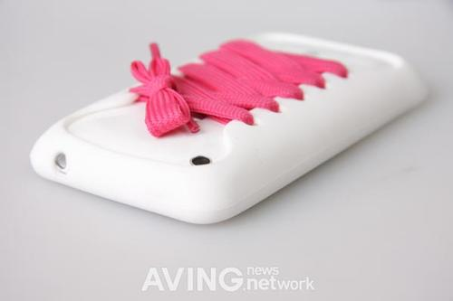 Playhello iShoes iPhone Case with Pink Lace