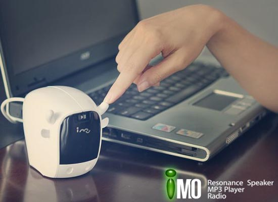 i-Mo Resonance Speaker Integrated Radio and MP3 Player