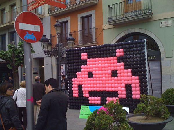 Space Invaders Landed in Spain through Balloons