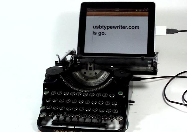 USB Typewriter Keyboard Compatible with iPad