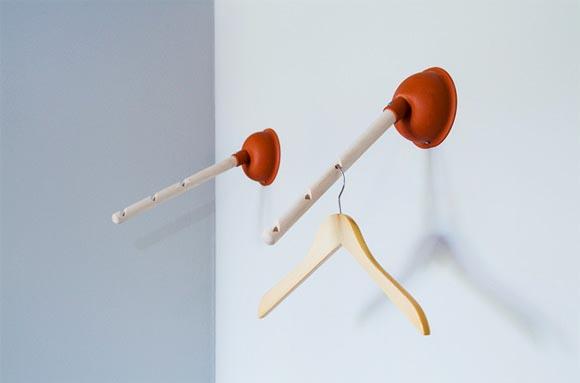 Alteruse plunger hanger gadgetsin - Objet design insolite ...