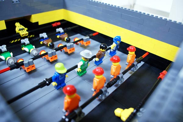 Auto Scoring Mini LEGO Foosball Table