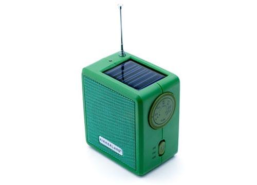 Eco-friendly Hand Crank and Solar Powered Radio