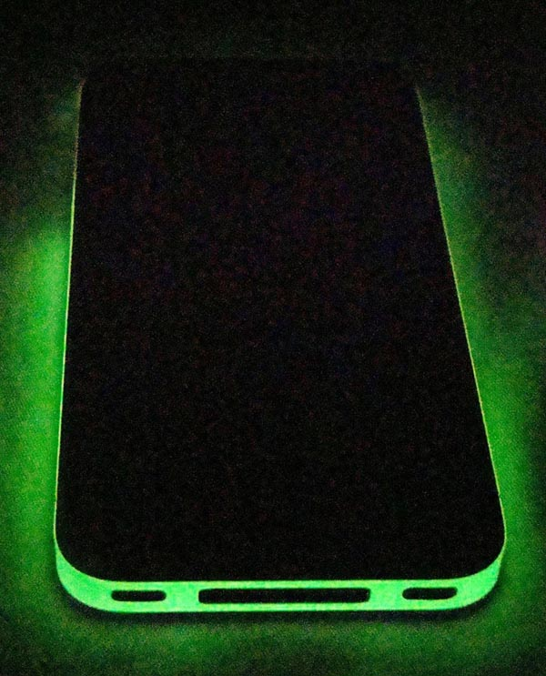 Glowing iPhone 4 Decal Wrap