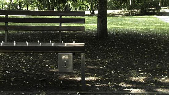 Pay-per-sit Bench with Spikes