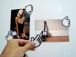 8-Bit Pixelated Hand Shaped Fridge Magnets Set