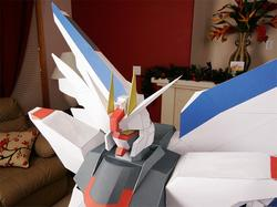 Amazing Giant Freedom Gundam Paper Craft
