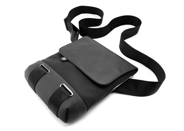 Booq Cobra Courier iPad Messenger Bag