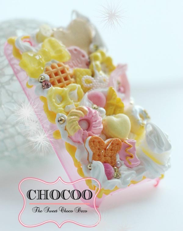 Delicious Chocoo Creamy Swarovski Crystals iPhone 4 Case