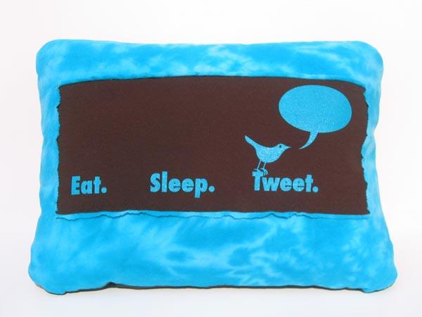 Eat Sleep Twitter Pillow Lets You Tweet in Dreams