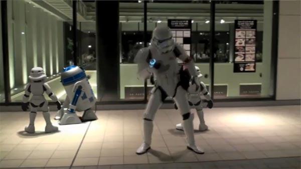 Stormtrooper Dancer in Tokyo
