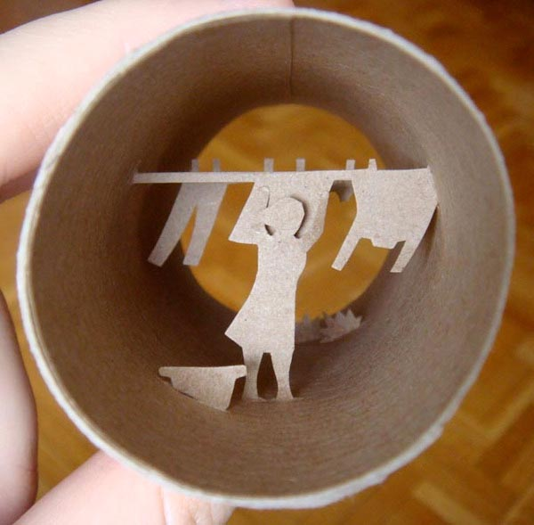 Toilet roll paper crafts gadgetsin for Toilet paper roll art projects