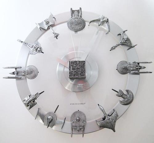 Star Trek Starships Clock